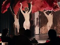 Cabaret Rouge fan dance