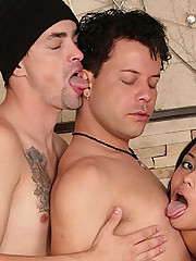 Live Bisexual Anal Threesome Live